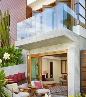 豪华复式楼阳台玻璃推拉门装修效果图
