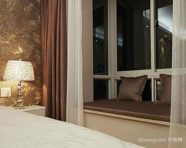 三室两厅两卫主卧大飘窗装修效果图