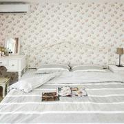 素朴简约的卧室
