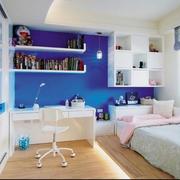 卧室墙上置物柜展示