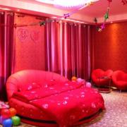 红色唯美酒店卧室