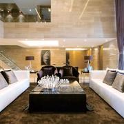 复式别墅客厅大沙发