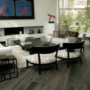 欧式简约型黑色木地板