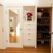 简约白色淡雅鞋柜