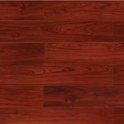 深红色的地板