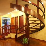 旋转楼梯装修图片