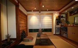 简约利落小居室日式客厅装修效果图