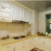 温馨舒适厨房橱柜