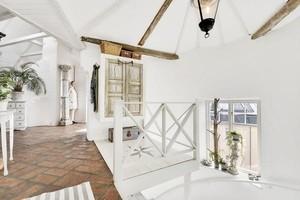 白色干净的公寓