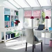 现代简洁的书房