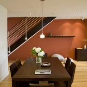 复式楼餐厅实木餐桌