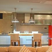 温婉素雅的厨房