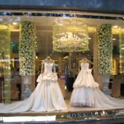 婚纱影楼模特窗欣赏