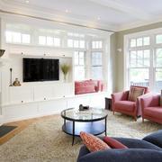 客厅白色实用背景墙