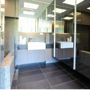 现代简约浴室欣赏