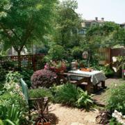 复式楼家居花园欣赏