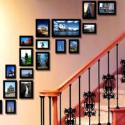 复式楼独特楼梯照片墙