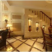 温馨暖色的楼梯