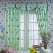清新绿色窗帘