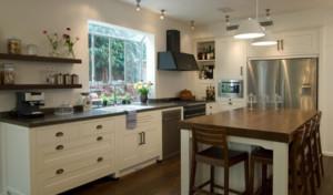 开放式欧式厨房吧台装修效果图