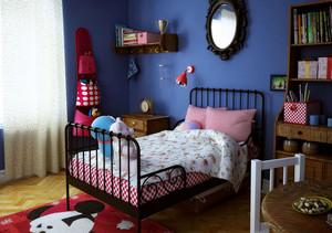 现代简约纯蓝色儿童房背景墙装饰