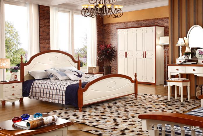 卧室时尚四门衣柜装修效果图
