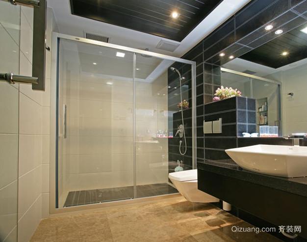 三室两厅两卫卫生间隐形门装修效果图