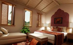 东南亚风格卧室原木吊顶装饰