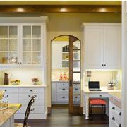别墅简约风格厨房推拉门装饰