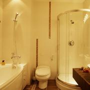 简欧风格卫生间淋浴玻璃隔断装饰