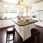 复式楼简约风格厨房吧台装修