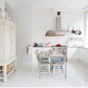 北欧风格清新厨房吊顶装饰
