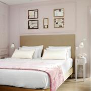 北欧风格简约卧室床头装饰