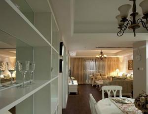单身公寓欧式客厅酒柜背景墙装修效果图