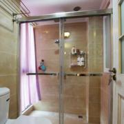 现代简约风格卫生间玻璃隔断装饰