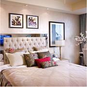 粉色调卧室装修图片