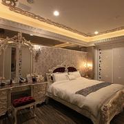 欧式风格奢华卧室背景墙装饰