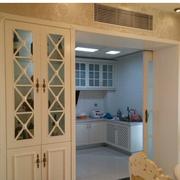 复式楼简约厨房推拉门装饰
