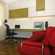 公寓电脑房装修图片