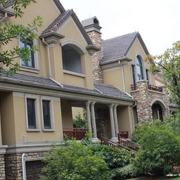 美式尖顶别墅外墙装饰