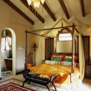 美式简约风格卧室拱形门装饰