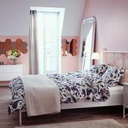卧室简约风格粉色系墙饰装饰