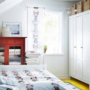斜楼简约风格卧室衣柜装饰