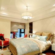 现代简约风格卧室床饰装饰