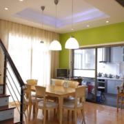 小户型公寓简约原木餐厅装饰