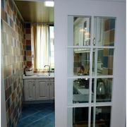 地中海风格厨房推拉门设计