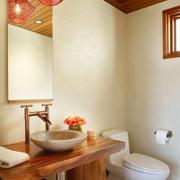 东南亚风格原木卫生间装饰