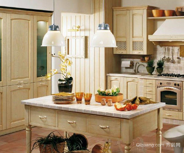 精美家居厨房灯饰装修设计效果图