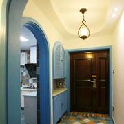 地中海风格复式楼简约玄关鞋柜装饰
