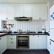 公寓简约风格厨房装修效果图